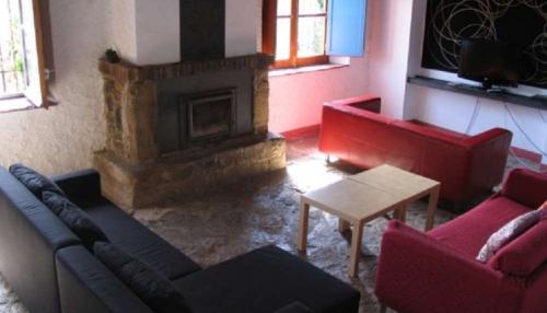 Villa / house tordera 22101 to rent in pineda de mar