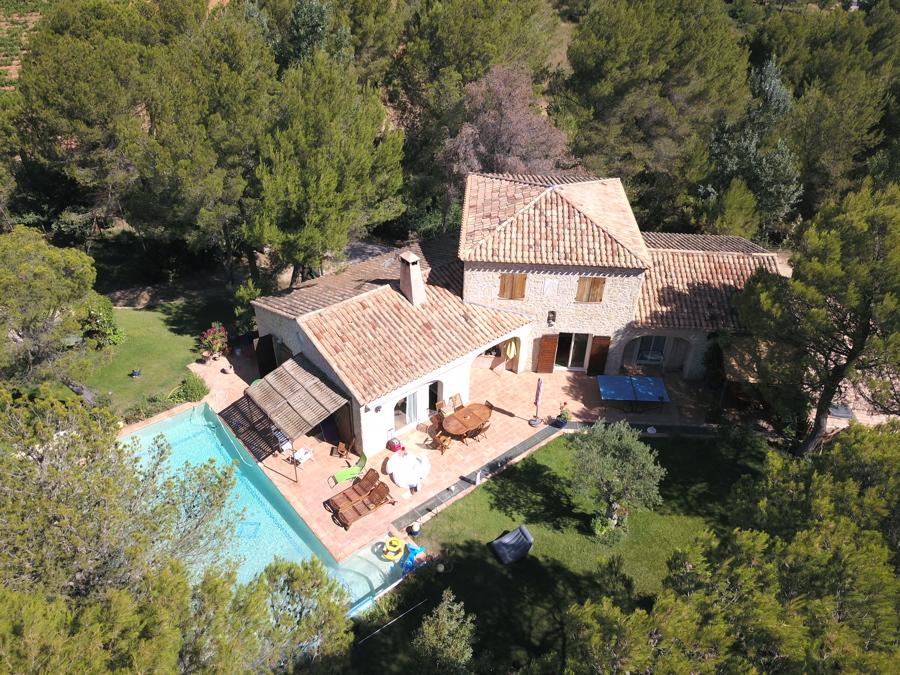 Location villa aix en provence 12 personnes aix1012 for Aix en provence location maison