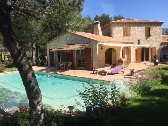 Rental villa aix en provence 10 people aix1012 for Aix en provence location maison