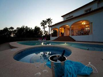 Reserve villa / house casa orange