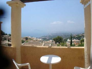Property villa / terraced or semi-detached house kastel