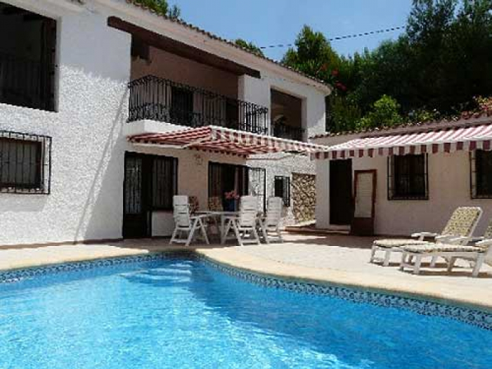 Villa / house Mina to rent in Altea