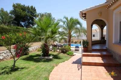 Location villa / maison amparo