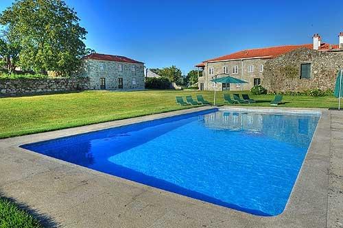 Villa / Maison Casa frutada à louer à Ponte de Lima