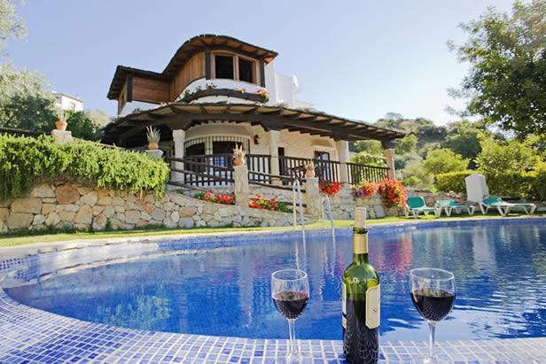 Villa / maison alora604/0287 à louer à alora