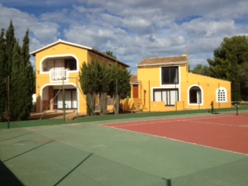 Villa / Maison Tennis à louer à Javea