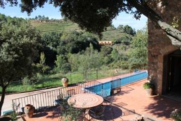 Villa / house priorat pr03 to rent in falset