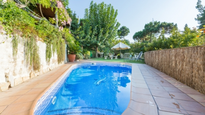 Villa / house Dama to rent in Lloret de Mar