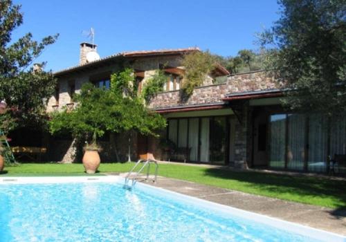 Villa / Maison Cerc 10420 à louer à Cerc