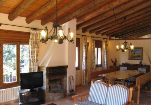 Property villa / house cerc 10420