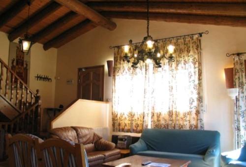 Villa / house cerc 10420 to rent in cerc