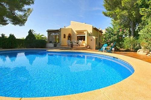 villa à Javea, vue : piscine