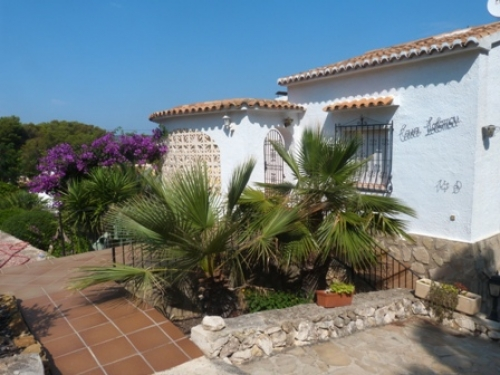 Villa / house casa bissette to rent in javea