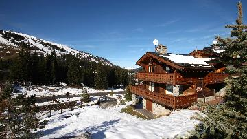 Chalets Chevreuil to rent in Courchevel 1850