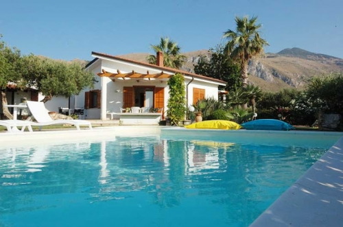 villa à Castellammare del Golfo , vue : Campagne