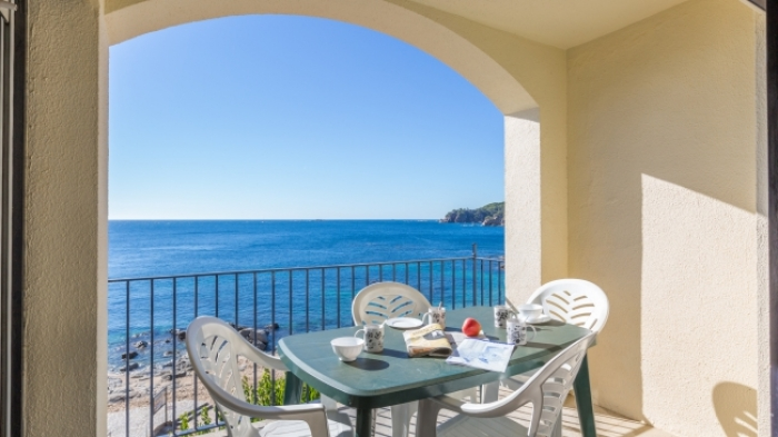 Apartment Canadera to rent in Calella de Palafrugell