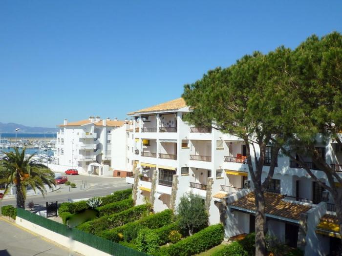 Apartment Amarres 2/4 to rent in La Escala
