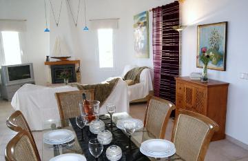 Rental villa / house bretanga