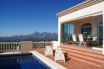 Reserve villa / house bretanga