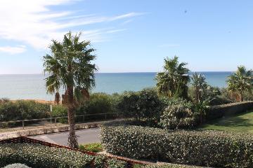 Reserve villa / house golfa