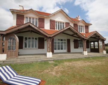 Villa / house Les grands sables to rent in Clohars Carnoet