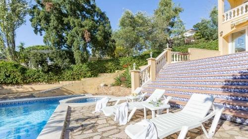 Property villa / house cora