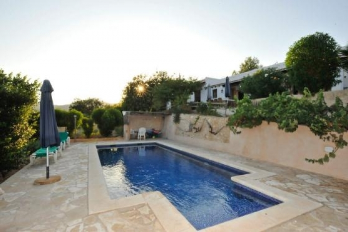 Independent house Entre san jose et es cubells  to rent in Sant Josep