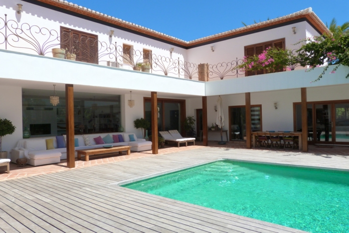 Villa / Casa Hislene