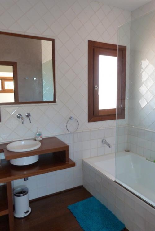 Rental villa / house hislene