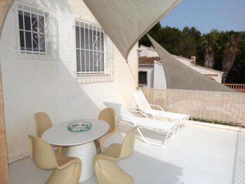 Property villa / house horizonte