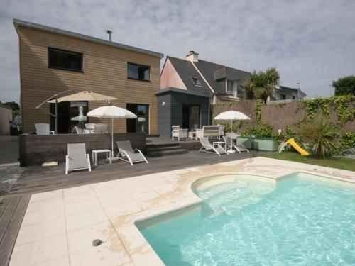 Villa / house Saint marine to rent in Sainte-Marine (Combrit)