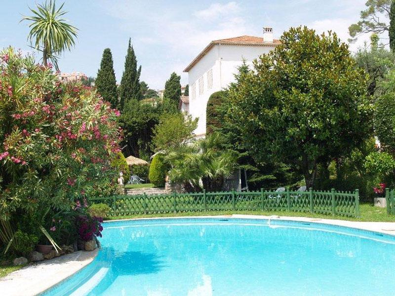 rental villa grasse 9 people val066. Black Bedroom Furniture Sets. Home Design Ideas