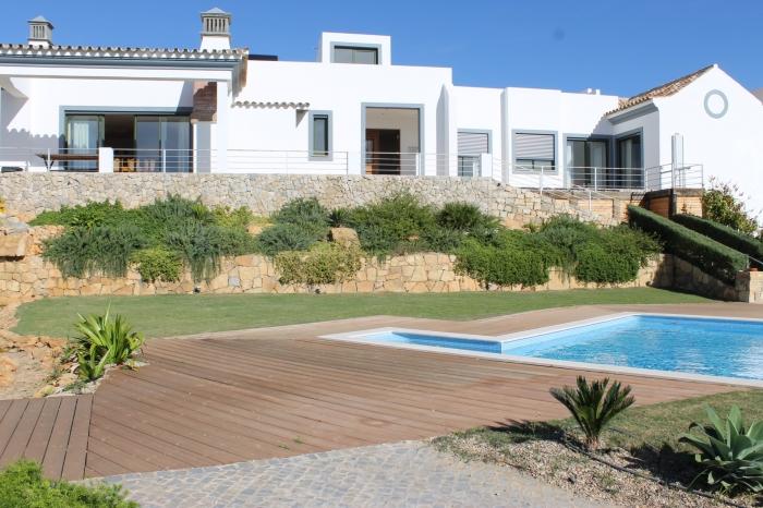 Villa / house Ariolos to rent in Estoi (Faro)