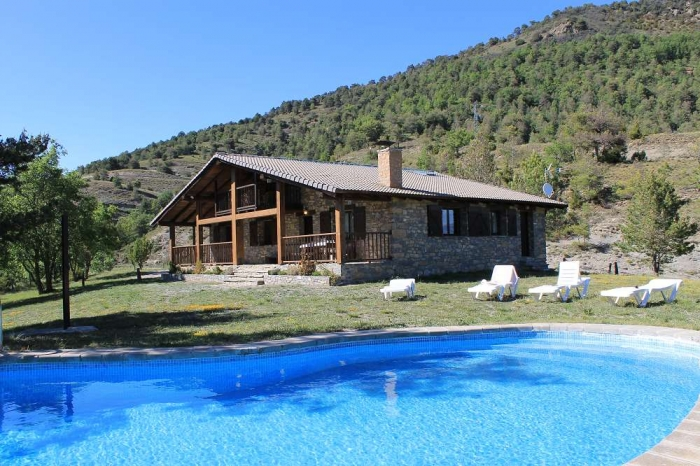 Villa / house El tossal 10412 to rent in Coll de Nargo