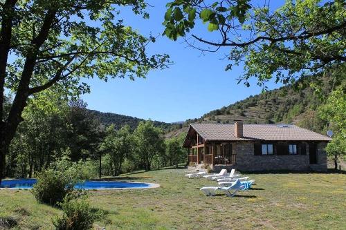 Villa / house el tossal 10412 to rent in coll de nargo