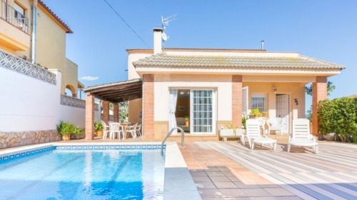villa / maison del pie