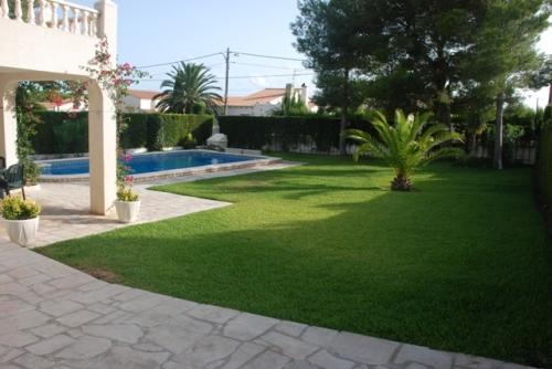 Villa / house mercedes to rent in ametlla de mar