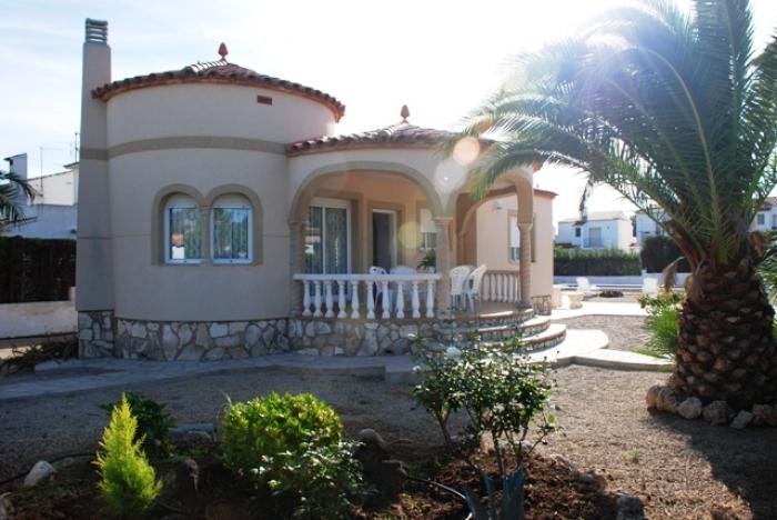 Villa / house Hermana to rent in Ametlla de Mar