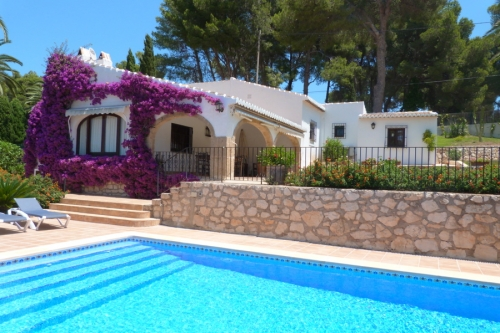 Villa / house Junta to rent in Javea