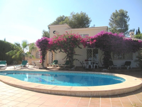 Villa / Maison LUNA ROSSA à louer à Moraira