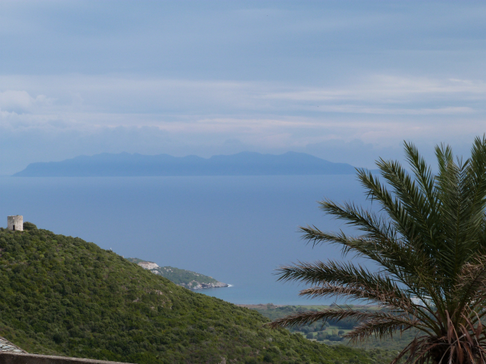 Location villa / maison pierres et mer