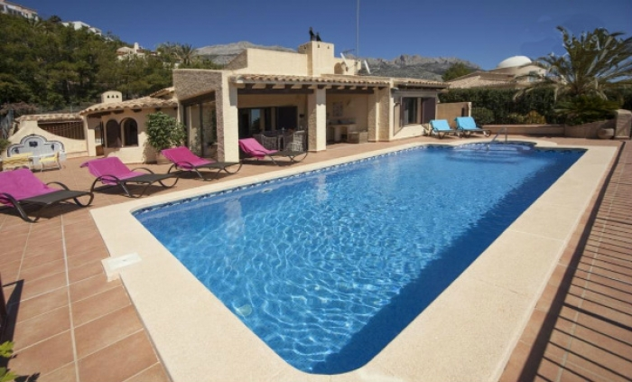 Villa / house SORAYA to rent in Altea
