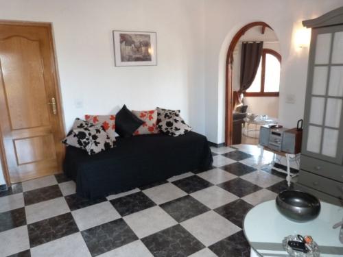Property villa / house azzulero