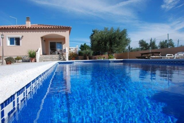 Villa / house LAGON to rent in Ametlla de Mar