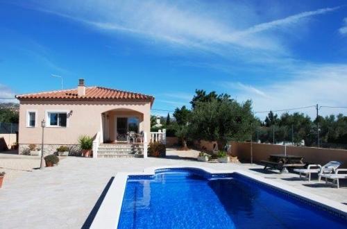 Villa / house lagon to rent in ametlla de mar