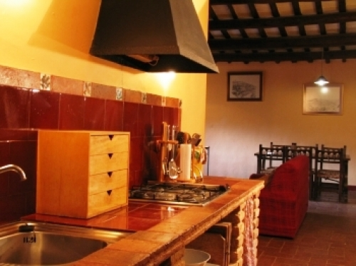 Accommodation in a villa / house for 6 people