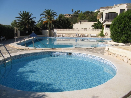 Villa / terraced or semi-detached house CASTELLANS to rent in Moraira