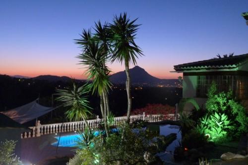 Reserve villa / house mateo