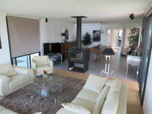 Villa / house marianne to rent in burgaronne