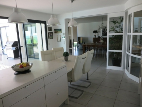 Reserve villa / house marianne